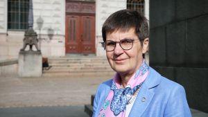 EU:n kriisinratkaisuneuvosto SRB:n puheenjohtaja Elke König.