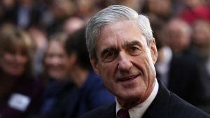 Mueller lähikuvassa.