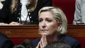 Marine Le Pen kansalliskokouksessa.