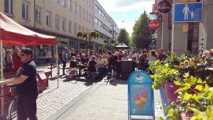 Kuva Hämeenlinnan kävelykadulta