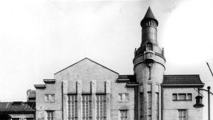 Heimolan talo, jossa eduskunta kokoontui 1911-1930.