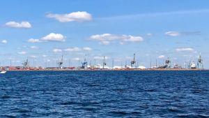Kotkan Mussalon satama mereltä