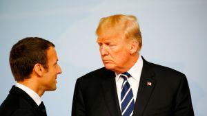 Emmanuel Macron ja Donald Trump joulukuussa G20-kokouksessa Saksassa.