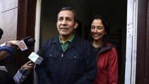 Perun entinen presidentti Ollanta Humala vaimonsa Nadine Heredian kanssa.