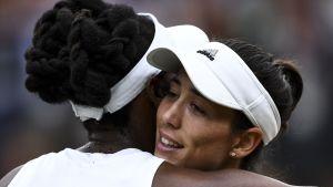 Venus Williams ja Garbine Muguruza.