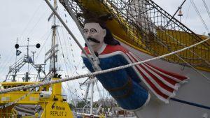 Romanialaisalus Mircean keulakuva Tall Ships Racessa.