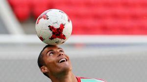 Jalkapalloilija Cristiano Ronaldo harjoittelee Kazanissa Venäjällä 17. kesäkuuta 2017.
