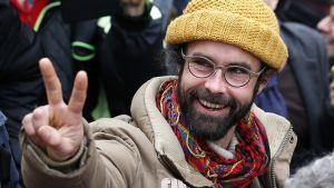 Maanviljelijä Cédric Herrou ei kadu siirtolaisten auttamista.