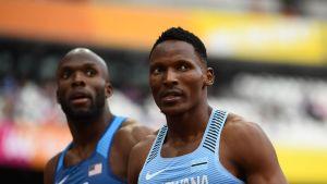 Botswanan Isaac Makwala 400 metrin alkuerissä.