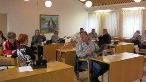 Pellon kunnanvaltuusto kokoontui torstaina päättämään eron myöntämisestä kunnanjohtaja Sami Baasille.