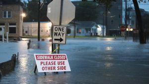 Kadut veden vallassa Houstonissa.