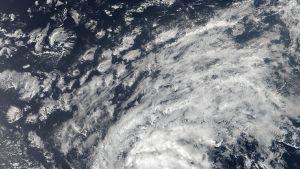 Trooppinen myrsky Irma Nasan kuvissa.
