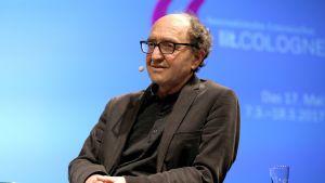 Saksalais-turkkilainen kirjailija Dogan Akhanli Kölnissä viime maaliskuussa.