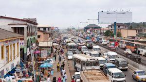 Katunäkymä Ghanassa.