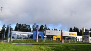 Vauhti-Vaunu on tehnyt autokauppaa yli 70 vuotta.
