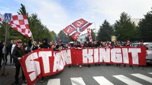 Helsingin IFK:n kannattajaryhmä Stadin kingit.