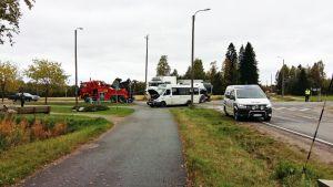 Koulubussin ja maitoauton kolari Suonenjoella 15.9.2017