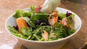 ruoka-annos lautasella