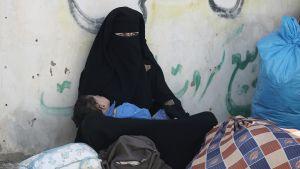 palestiinalaisia Gazan ja Egyptin rajalla