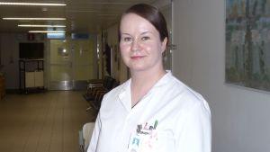 Erikoistuvana lääkärinä Kuopion yliopistollisessa sairaalassa työskentelevä Hanna Siiskonen sai vuoden 2017 Martti Hämäläinen -palkinnon.
