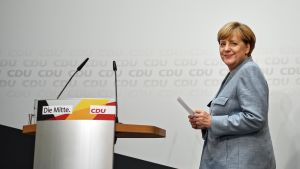Liittokansleri Angela Merkel tiedotustilaisuudessa 25. syyskuuta.