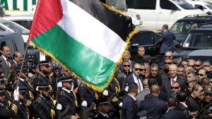 Palstiinalaishallituksen pääministeri Rami Hamadallah saapui Gazan alueelle 2.10.2017.