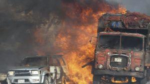 autot tulessa
