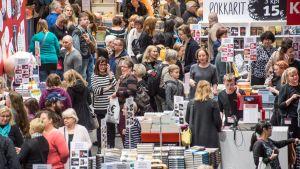 Vuonna 2016 kirjamessuilla kävi noin 80 000 asiakasta.