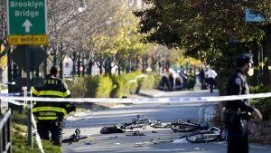 Tuhoutuneita polkupyöriä New Yorkin Manhattanilla.