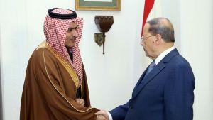 Libanonin presidentti Michel Aoun tapasi helmikuussa Saudi-Arabian Persianlahden asioiden ministerin Thamer al-Sabhanin.
