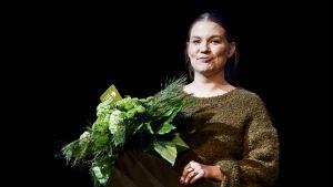 Lasten- ja nuortenkirjallisuuden Finlandia-palkinnon voitti kuvittaja ja graafinen suunnittelija Sanna Mander kirjallaan Avain hukassa.