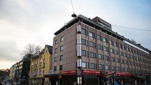 Sokos Hotel Hamburger Börsin julkisivu Turun keskustassa.