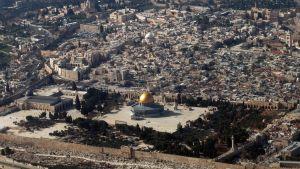 Jerusalemin vanhakaupunki ja Al-Aqsan moskeija kuvattuna ilmasta vuonna 2010.