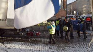 Heikki Hurstin itsenäisyyspäiväjuhlassa jaettiin jälleen ruoka-apua vähävaraisille
