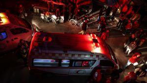 Syyrian punaisen ristin ambulanssi suorittaa evakuointia.