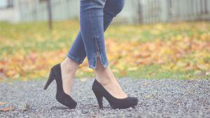 jeans med klackskor