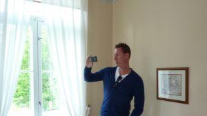 Holländaren Rob Becker besöker Västnyland och bekantar sig med turismen.