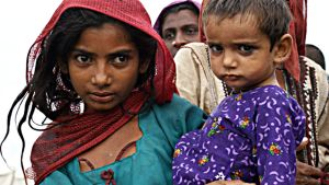 Flyktingbarn från Pakistan.