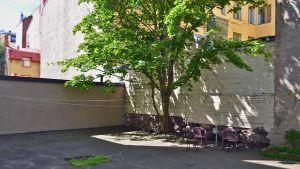 Typisk delad innergård i Rödbergen.