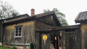 Ett gammalt hus på Klosterbacken i Åbo