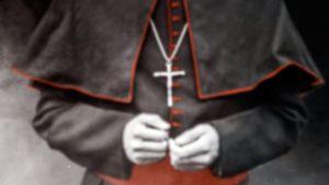 Ulkolinja: Katolisen kirkon suojissa