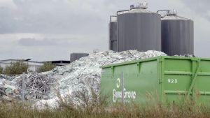 Ympäristön ykkönen. Miksi ympäristöalan yritys käy vuosien viivytystaistelua ympäristöviranomaisten päätöksiä vastaan?