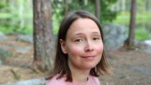 Henna Haapala: Elämänilo palasi, kun tajusin stressin syyksi ikävät lapsuuskokemukset