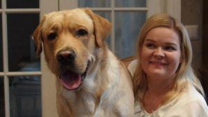 Kaarina Strandberg: Autismikoiran katse hoitaa lastani ja koira myös valvoo hänen toimiaan