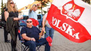 Ulkolinja: Puolan jako