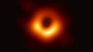 Mustan aukon kuva ei yllättänyt mutta avasi uuden tavan tutkia mustien aukkojen ympäristöä