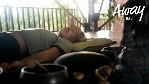 """Kati: """"Pidän sisälläni vaikeita juttuja, sound healing on ensiaskel terapiaan"""""""