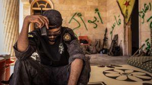 Dokumenttiprojekti: Raqqan pelastajat (12)