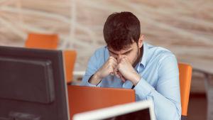 Lukivaikeus voi haitata vielä työelämässäkin ja dyskalkuliasta kärsivä voi oppia laskemaan, mutta se vaatii kovaa työtä