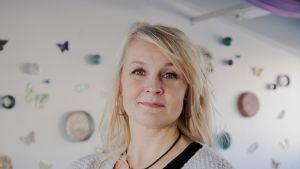 Masennuslääkkeet eivät olleet minulle sopivia - Mia Mattila kärsi niiden aiheuttamista vieroitusoireista